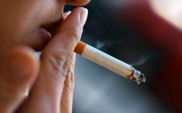 Вчені Університетського коледжу Лондона з'ясували, що навіть однієї викуреної сигарети в день достатньо, щоб збільшити ризик серцево-судинних захворюв