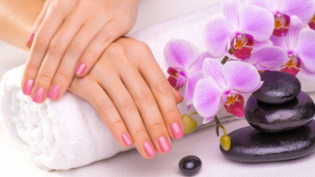 Ніколи не забувайте, що головна умова краси рук – це їх чистота. Руки мити потрібно щоразу, коли виникає необхідність. Вже тим більше не забувайте про