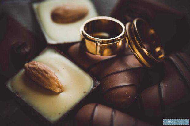 Про кавове весілля можна сказати, що це приклад досить екстравагантного свята, яке виділяється серед однотипних класичних весіль. Більше того, кавове