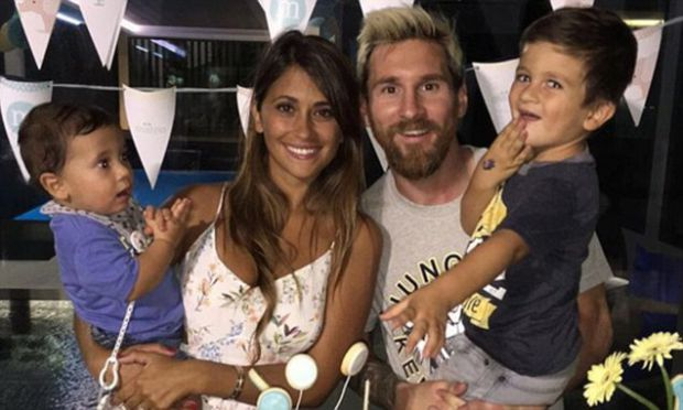 8259_messi-roccuzzo.jpg (43.56 Kb)