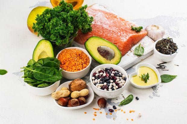 Як зміцнити серцевий м'яз і змусити серце працювати без проблем і перебоїв? Запам'ятайте перелік продуктів, які потрібно їсти для здоров'я серця.