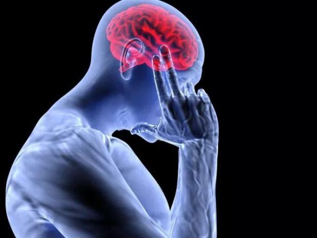 Вчені з Гарвардського університету (США) прийшли до висновку, що підвищена тривожність може стати першим симптомом хвороби Альцгеймера.