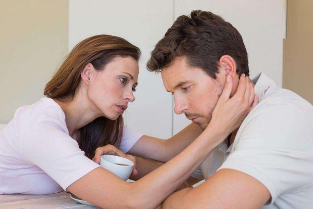 Американські психологи впевнені, що чоловіки, також як і жінки, стикаються з післяпологовою депресією.