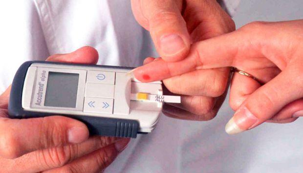 Пацієнти з діабетом 2 типу повинні почати худнути відразу, як тільки їм поставили діагноз - таку рекомендацію дали вчені з Університету Ньюкасла, Вели
