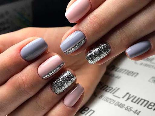 Про довгі і міцні нігті мріє кожна дівчина, однак, далеко не всім так щастить: нігті часто ламаються і відслоюються, особливо тепер, коли нашим постій