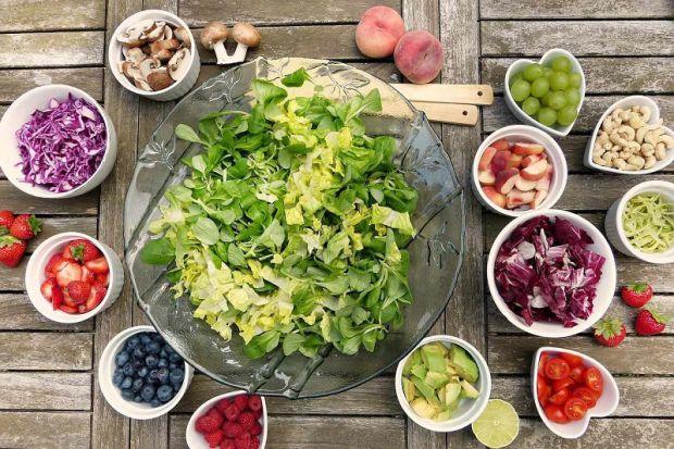 Пребіотики - це продукти, які підтримують стан флори кишечника, що живуть в кишечнику бактерії використовують їх для харчування.