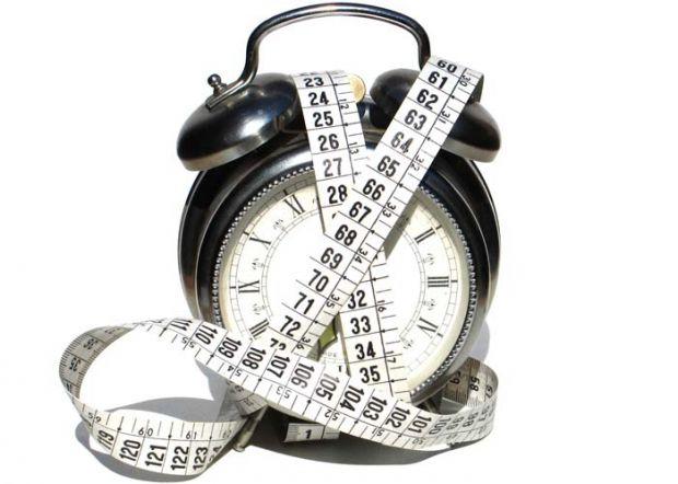 Хронохарчування - це харчування строго за графіком, по тимчасових інтервалах. Виявляється, якщо вживати певні продукти в певний час, то можна спокійно