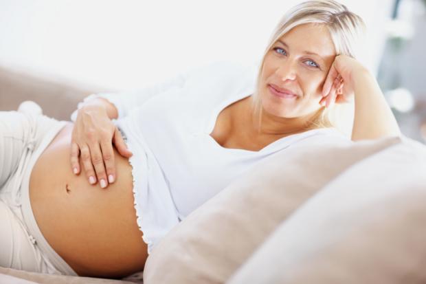 Чи насправді пізня вагітність небезпечна для здоров'я майбутньої мами і її чада?