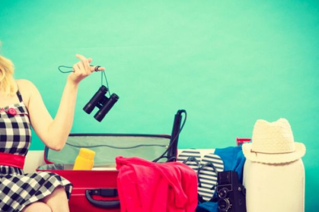 8 порад, як скласти зручно речі у поїздку.