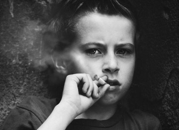 Як виховувати дітей правильно?Сімейні психологи застерігають, що розповідями про свої захоплення в молодості батьки спонукають дітей теж ризикнути вик