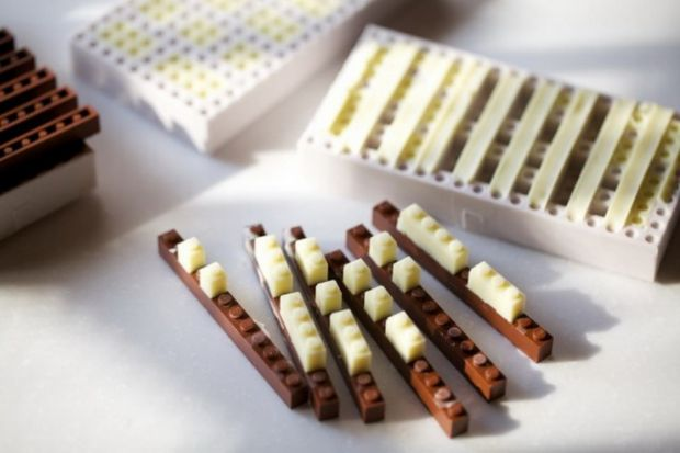 8588_chocolat-lego-by-akihiro-mizuuchi1-640x430.jpg (32.88 Kb)