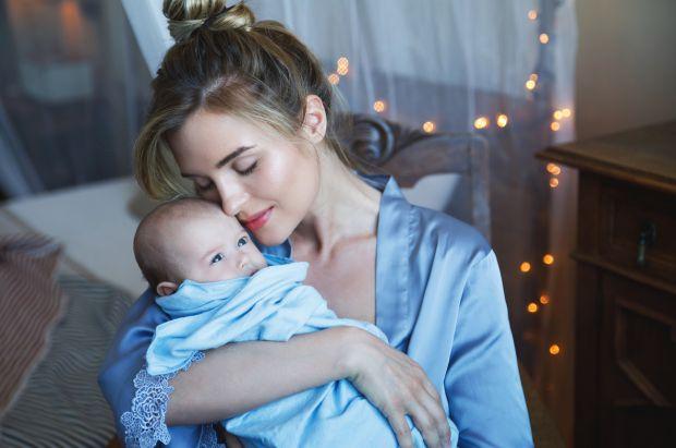 Сучасна мама знає, що варіанта, кращого за грудне вигодовування, для неї та малюка немає. Перед очима — безліч позитивних прикладів, наукових дослідже
