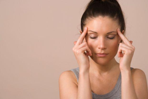 Надмірне вживання знеболюючих препаратів загрожує звиканням і проблемами зі здоров'ям. Щоб вилікувати головний біль, спробуйте безпечніші методи.