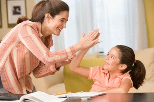 Виховуючи дитину батьки вдаються до мотивацій, але деякі з них є неправильними. Детальніше читайте у матеріалі.