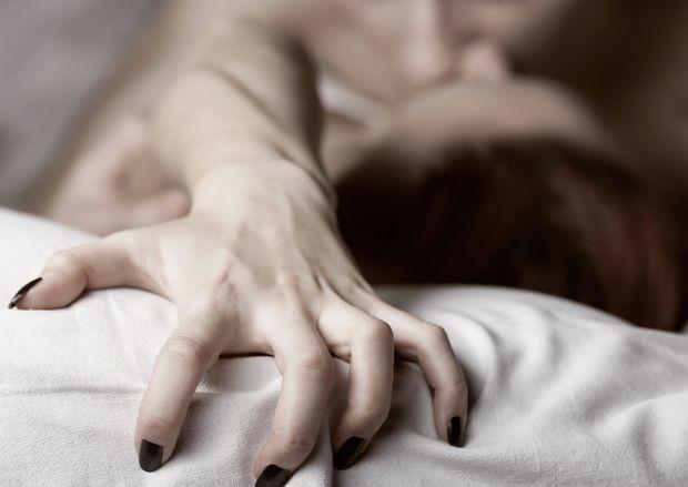 Вчені розповіли, що знайшли зв'язок між числом партнерів в сексі і здатністю відчувати оргазм.