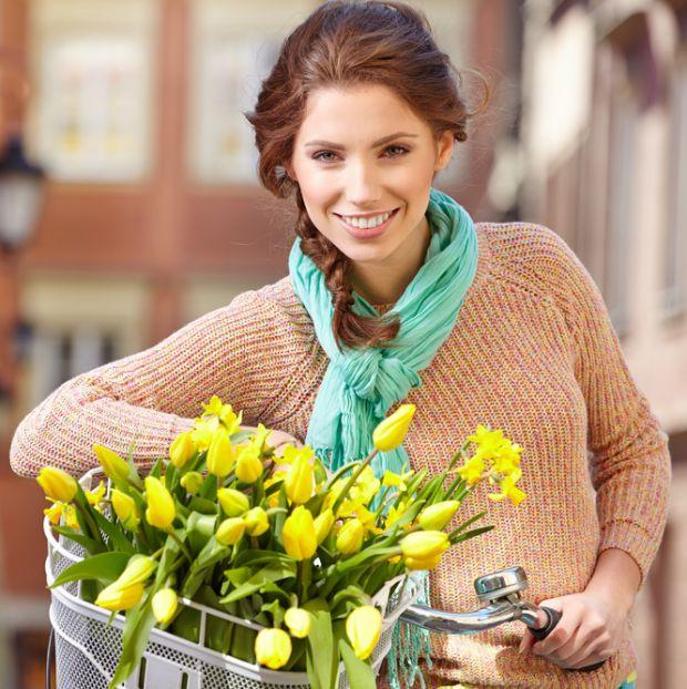 Навесні відбувається перебудова організму на літній режим життя, проявляється нестача вітамінів. Тому можуть з'явитися веснянки або ж пігментні плями.