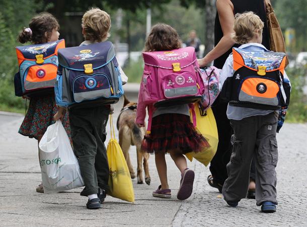 Батькам потрібно звертати увагу не лише на дизайн і ціну рюкзака, але й думати як вплине той чи інший предмет на здоров'я дитини. Важливими речима в р