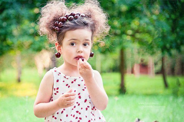 Для хорошого настрою.Дитина завжди має відкрите серце і ніколи не стане приховувати власних почуттів та емоцій. Саме тому