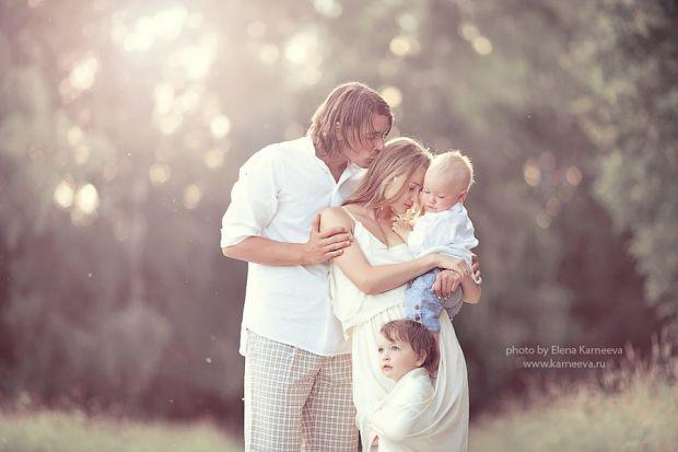Наскільки важлива для дитини присутність в її власному житті мами і тата?Чому діти часто поводяться неетично у підлітковому віці, якщо в їх вихованні