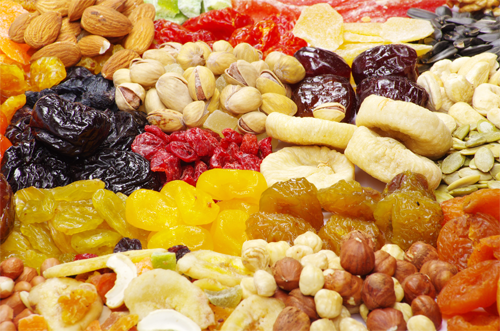 Сухофрукти допоможуть усім бажаючим схуднути без зайвих стресів, адже вона замінить вам солодощі і випічку, від яких так важко утриматися, але, як і в