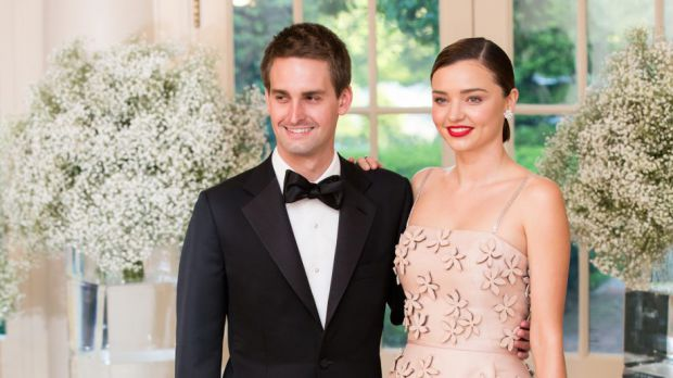 8819_miranda-kerr-and-evan-spiegel.jpg (39.97 Kb)
