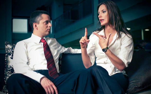 Як саме потрібно поводитися під час важливої розмови з босом, партнером або супутником життя - читайте далі.