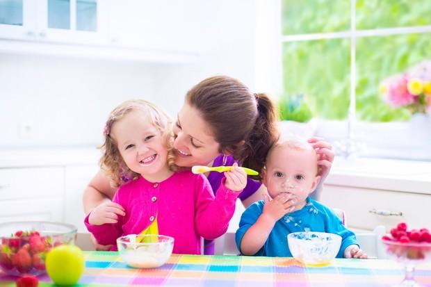 Чому йогурт корисний для малят?
