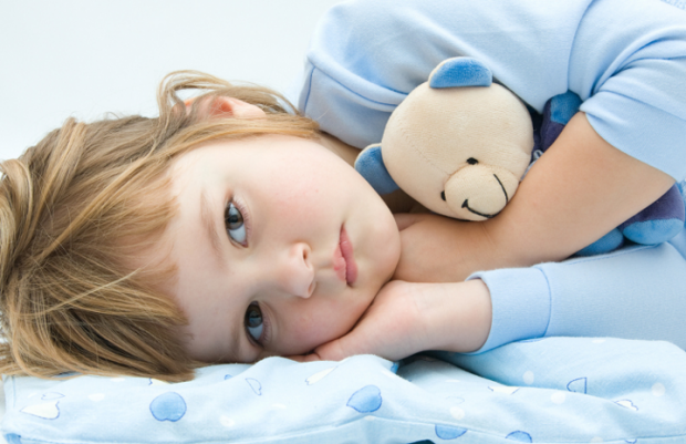 Попросіть дитину уявити ситуацію, що їй ніколи не потрібно було б більше спати (наприклад, запропонували цукерку, яка дає організму енергію 24 години