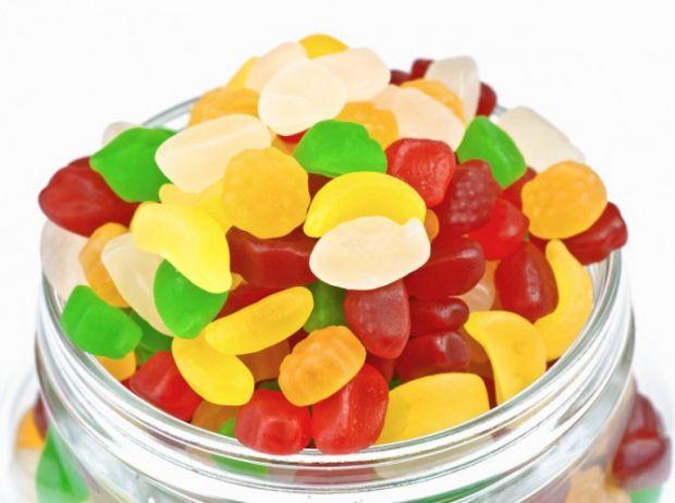 Глюкоза – необхідна речовина, яка відіграє дуже важливу роль у роботі нашого організму.Розчин глюкози використовуються при лікуванні цілого ряду хворо