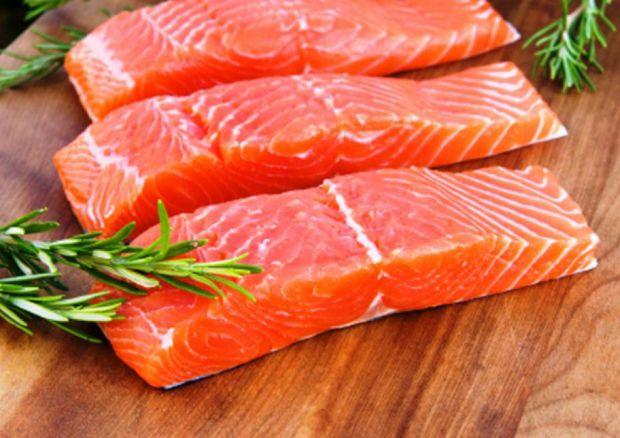 Дослідження американських вчених показало, що ні риба, ні горіхи не впливають на розвиток інтелекту!
