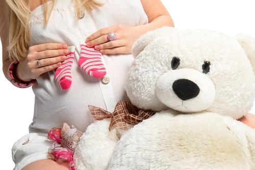 Завагітніти до 20 - це погано?Гіперактивність дівчинки і раннє дорослішання підвищують ймовірність настання небажаної підліткової вагітності. Рішення