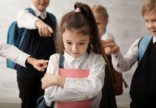 Звичайно, перші знайомства та формування зв'язків починаються в дошкільному віці. Проте іноді навіть там можуть виникати конфліктні ситуації чи спалах