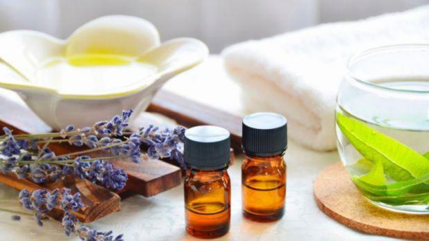 Застосування ефірних олій при нежиті в дітей - досить поширений спосіб лікування, яким користуються багато батьків.
