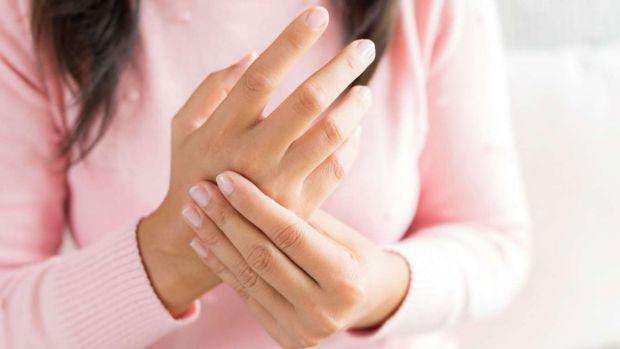 Руки - не тільки паспорт, а й свого роду ваша медична картка. Адже довжина пальців, обсяг зап'ястя і навіть сила рукостискання здатні попередити про р