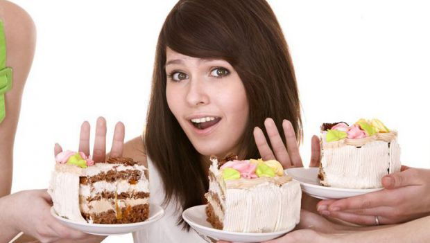 Візьміть себе в руки, і вживайте більше корисних, вітамізованих продуктів, ніж поглинайте різноманітні солодощі від яких користі нуль.