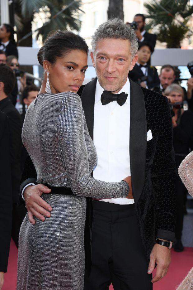 Французький актор Венсан Кассель і його дружина модель Тіна Кунакі незабаром стануть батьками.