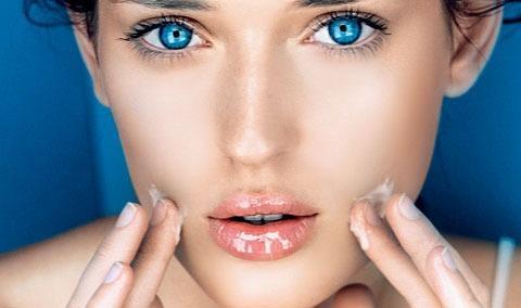 Щоб шкіра обличчя залишала ніжною та доглянутою, необхідно регулярно робити чистку.