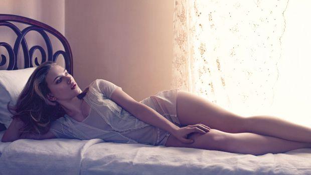 Часто жінки, не отримавши задоволення в ліжку, починають копатися в собі, та й коханому зізнатися