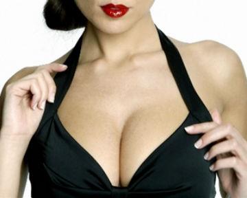 Жінки надають перевагу четвертому розміру грудей. Коли справа доходить до збільшення грудей силіконовими імплантатами, то жінки вважають, що чим більш