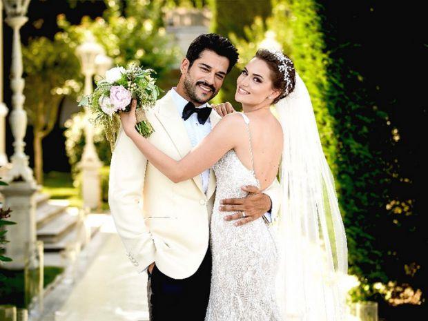 Якщо скоро весілля, а ви думаєте чи брати нареченого прізвище, чи залишити своє дівоче - так от, вчені довели, що це негативно вплине на мужність чоло