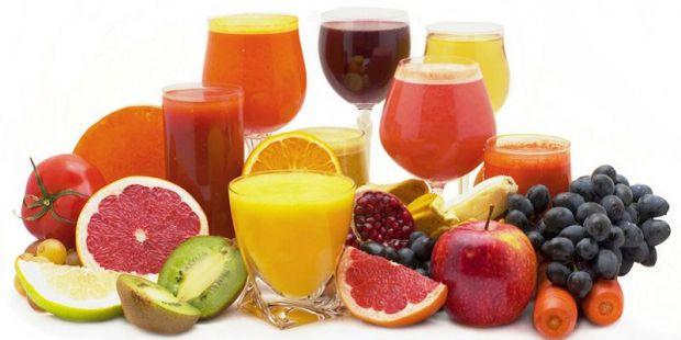 Люди думають, що фруктовий сік є одним з кращих варіантів, оскільки містить масу мікроелементів і вітамінів і мало цукру. Тому багато хто помилково вв