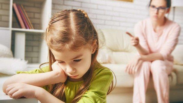 Найголовніша порада, яку дають психологи батькам – не забувати про себе. Якщо хочете виховати щасливих дітей, тоді будьте щасливі самі.