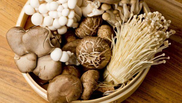 Стандартний набір продуктів, які повинні бути в кожному холодильнику, особливо в тих, хто худне.