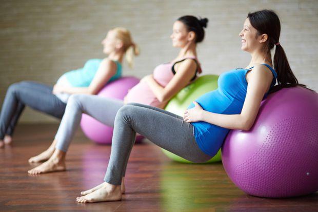 Академіки з Університету штату Вашингтон провели експеримент, де було встановлено, що спортивні навантаження під час вагітності знижують ризик ожирінн