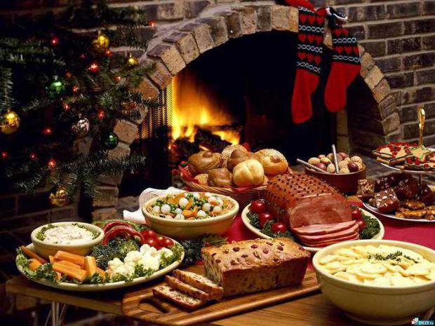 Як правильно прикрасити квартиру, якими продуктами запастися і чим накривати новорічний стіл 2014, щоб рік Коня був вдалим?