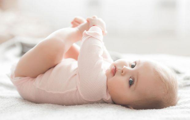 Багато чоловіків після народження дитини бояться приступити до малюка, а про зміну підгузок і заспокоювання дитячого плачу серед ночі і мова йти не мо