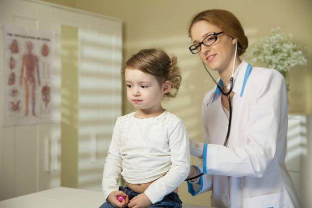 Український педіатр Євген Комаровський регулярно ділиться корисними порадами щодо дитячого здоров'я.
