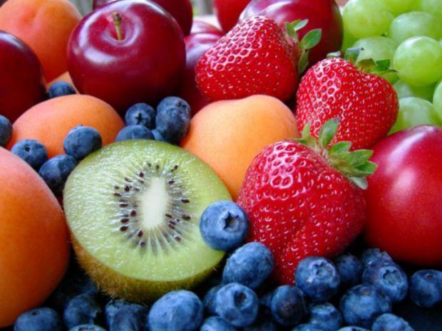 Британські дослідники відкрили ще одну приємну особливість дієти і правильного харчування. Збалансований раціон не тільки береже фігуру, але і боретьс