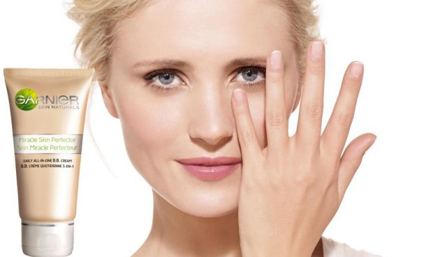 ВВ-крем - новинка в індустрії косметики та краси. Даний вид кремів вже завоював величезну популярність у жінок. Суть крему полягає в тому, що він догл