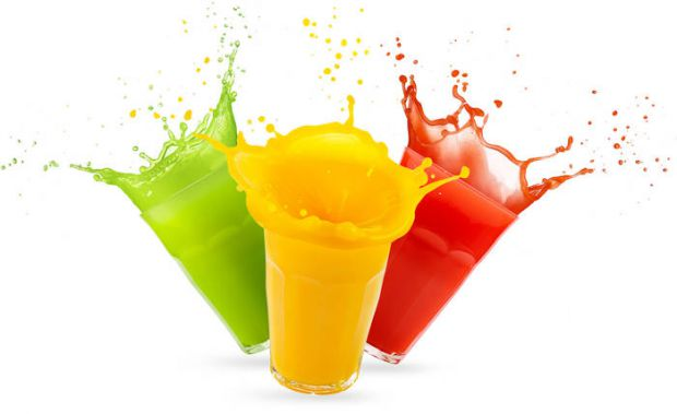 Як показують дослідження крові під мікроскопом після випитого магазинного соку через хвилини, в складі якого є цукор-рафінад і фруктоза, кров змінюєть